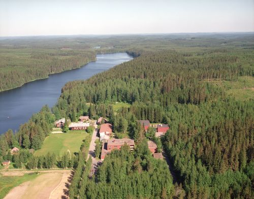 •See Hyytiälä Forestry Field Station -homepage for more information (maps, facilities etc.).